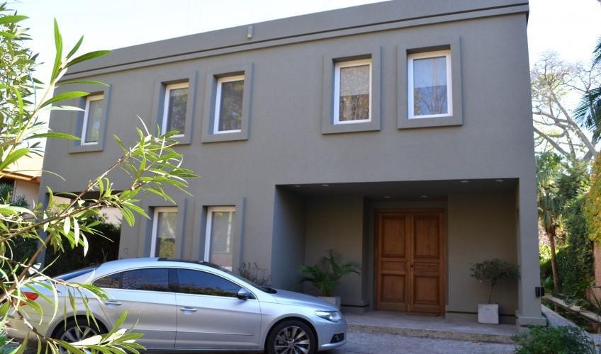 Foto Casa en Venta en  Acas.-B.Parque Aguirre,  Acassuso  Guido Spano al 300