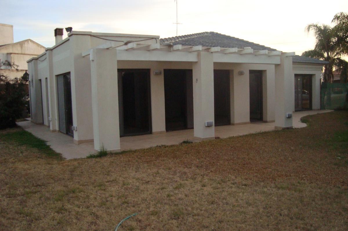 Foto Casa en Alquiler en  Villa Allende,  Cordoba Capital  Manzana 39 Lote 19 Country San Isidro Villa Allende