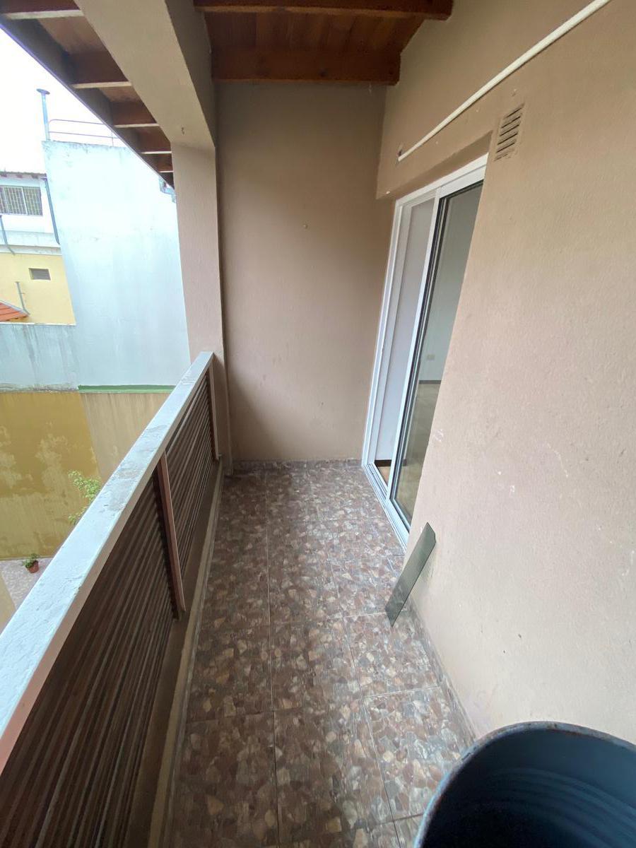 Foto Departamento en Alquiler en  Malaver,  Villa Ballester  L. N. Alem Nº 3202 2º A
