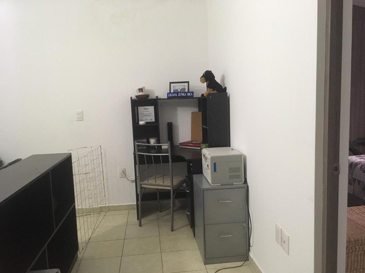 Foto Casa en Venta en  Fraccionamiento Rincón de la Montaña,  Morelia  FRACC. ALTOZANO PRIVADO