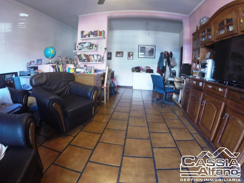 Foto PH en Venta en  Temperley Este,  Temperley  ALTE. BROWN 3151