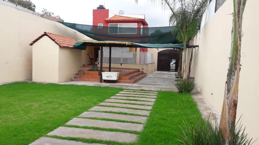 Foto Local en Venta en  San Luis Potosí ,  San luis Potosí  CASA CON JARDIN Y SALON EN VENTA COL. GENERAL I MARTINEZ, SAN LUIS POTOSI