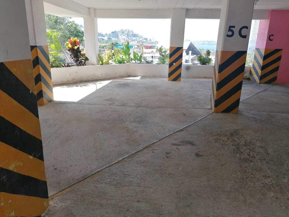 Foto Departamento en Venta en  Nuevo Centro de Población,  Acapulco de Juárez  Nuevo Centro de Población