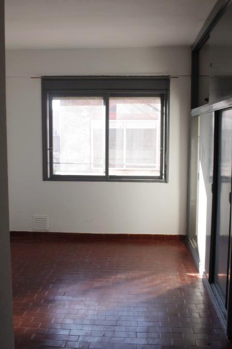Foto Departamento en Venta en  Rosario ,  Santa Fe  Riobamba al 800