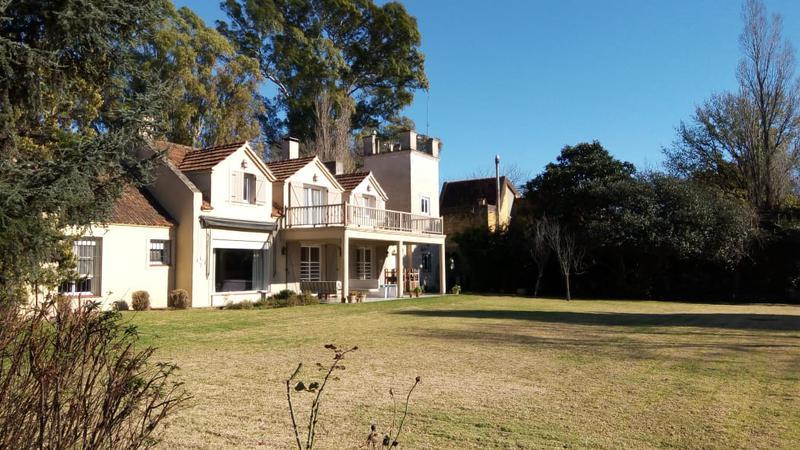 Foto Casa en Venta en  la horqueta,  San Isidro  Blanco Encalada al 1800