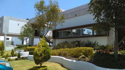Foto Casa en Venta en  Fraccionamiento Milenio,  Querétaro   CASA EN VENTA PARA INVERSIONISTAS MILENIO III PRIVADA HOME COTO CLUB QUERETARO