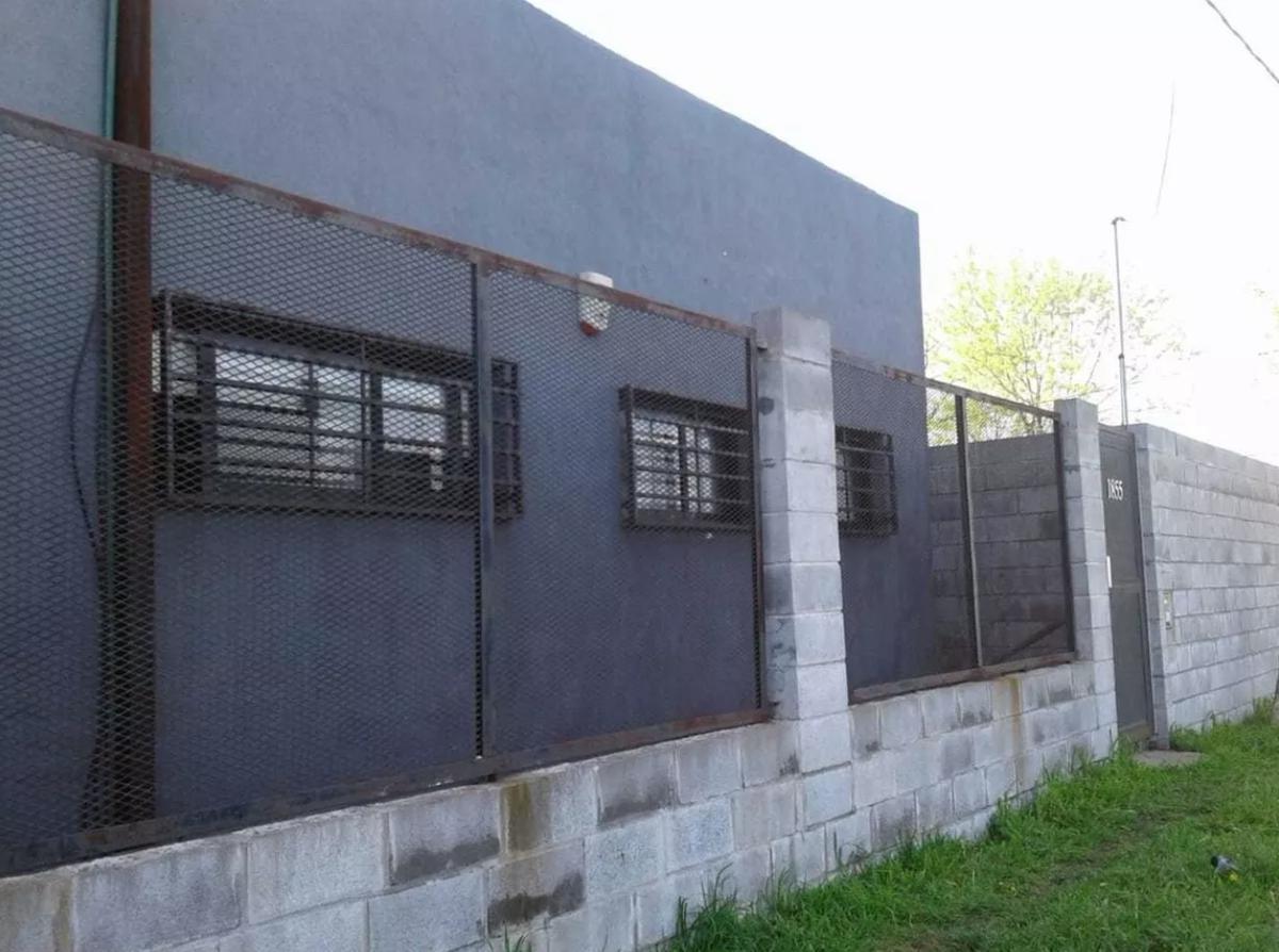 Foto Casa en Alquiler en  Villa Elvira,  La Plata  132  y 85