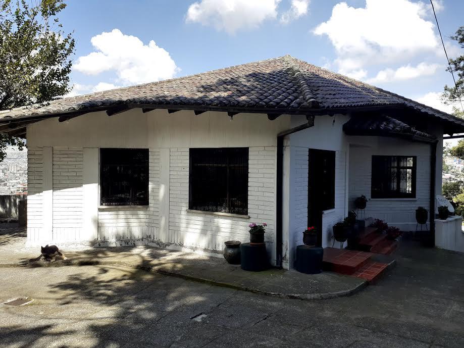 Foto Casa en Alquiler en  Norte de Quito,  Quito  Reinaldo Espinosa y Julio Arellano