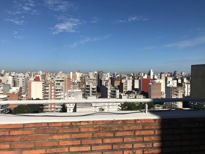 Foto Departamento en Venta en  Martin,  Rosario  Alem al 1400