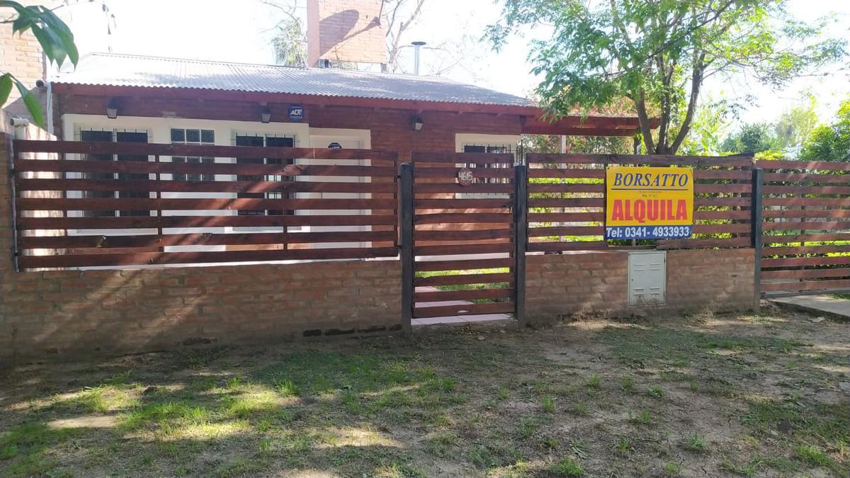 Foto Casa en Alquiler en  Funes ,  Santa Fe  San Jose   4600
