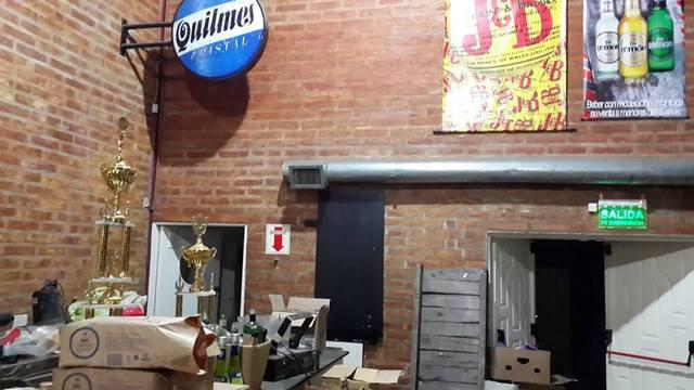 Foto Local en Alquiler en  Centro,  El Bolson  RR2866