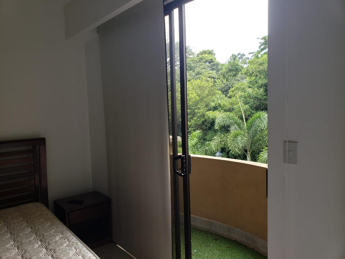 Foto Departamento en Venta | Renta en  Pozos,  Santa Ana  Amplio Apartamento en Condominio de Lujo