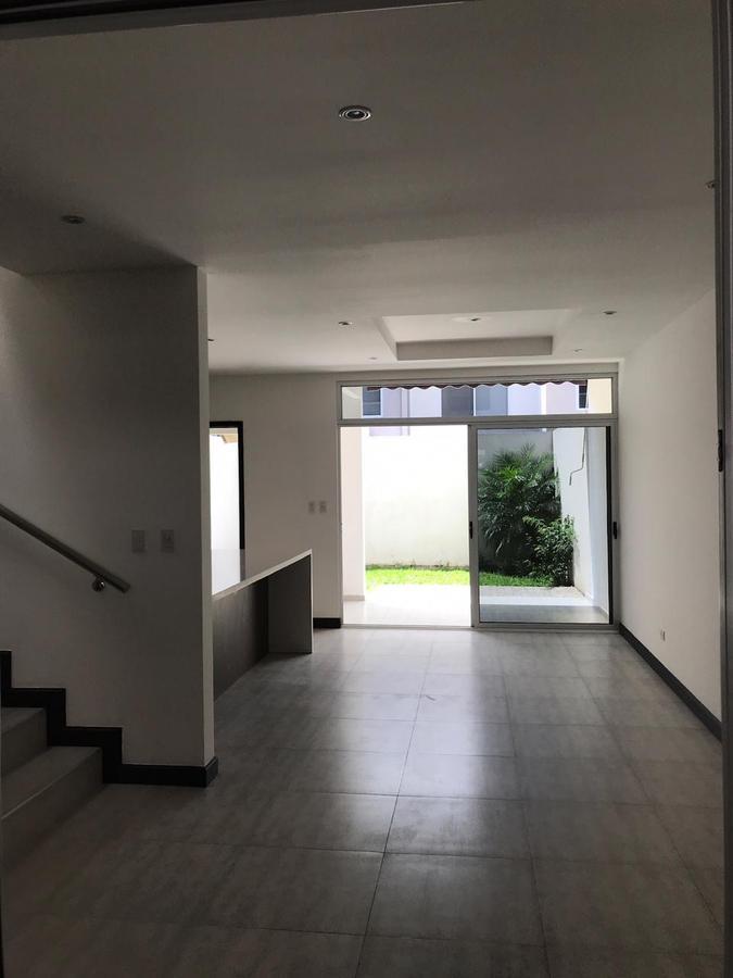 Foto Casa en condominio en Renta en  Santa Ana ,  San José  Santa Ana/ Moderna/ Piscina/ Céntrica