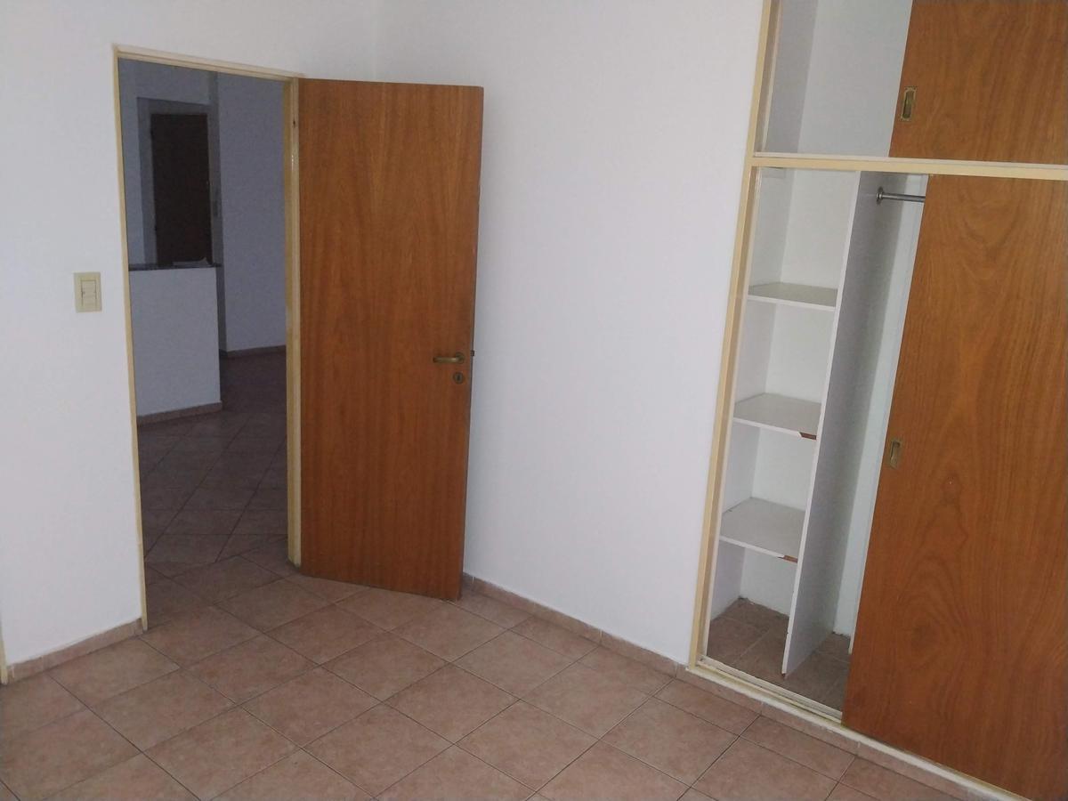 Foto Departamento en Alquiler en  Nueva Cordoba,  Cordoba Capital  Bv. Illia al 400