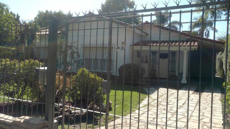 Foto Casa en Venta en  Castelar Norte,  Castelar  Pedro Goyena al 3400