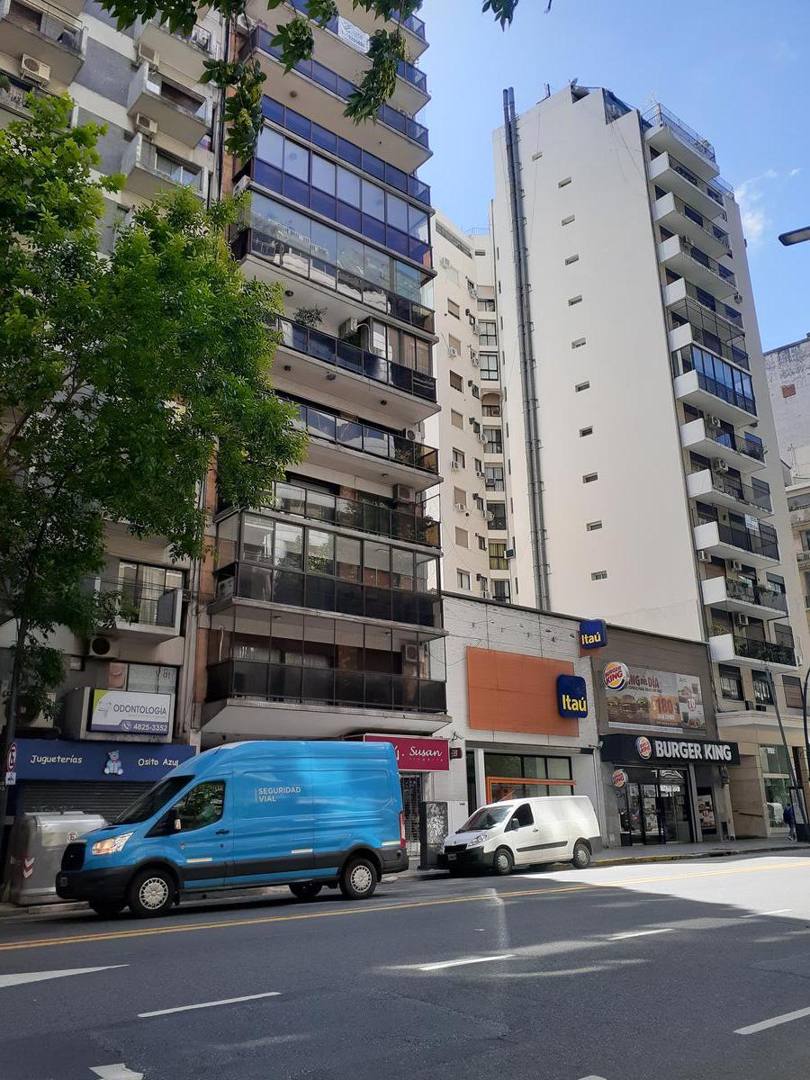 Foto Departamento en Venta en  Palermo Viejo,  Palermo  AVENIDA SANTA FE al 3300