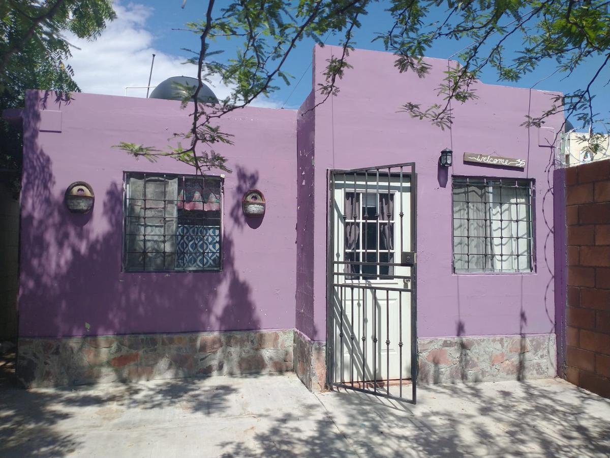 Foto Casa en Venta en  Los Poetas,  Hermosillo  CASA EN VENTA EN FRACCIONAMIENTO LOS POETAS AL SUR DE HERMOSILLO SONORA