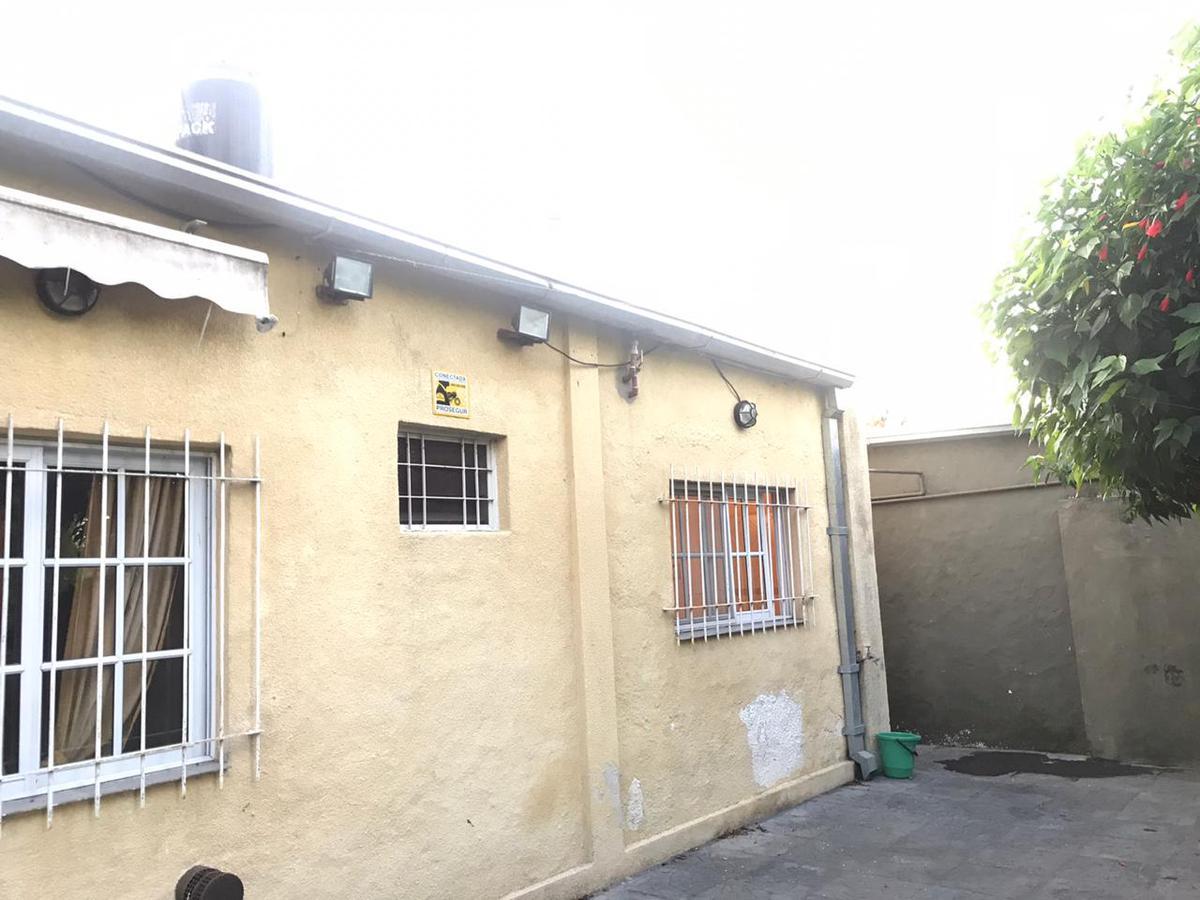 Foto Casa en Venta en  Los Polvorines,  Malvinas Argentinas  Romain Rolland 2097