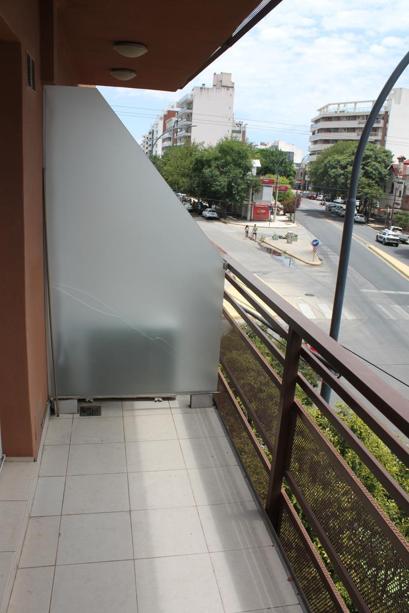 Foto Departamento en Alquiler en  Alta Cordoba,  Cordoba  Lavalleja al 2000