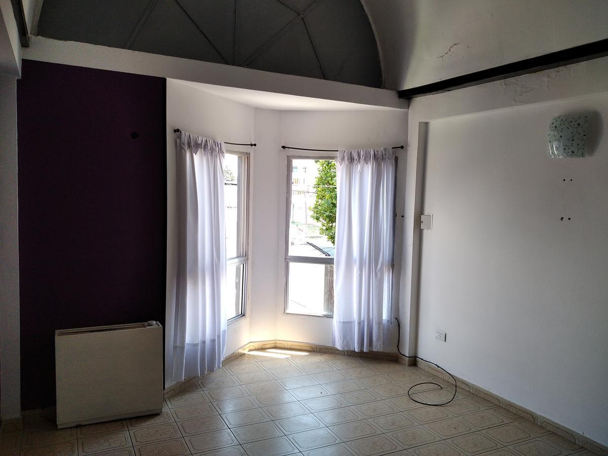 Foto Departamento en Alquiler en  Berazategui,  Berazategui  Calle 142 n.1412