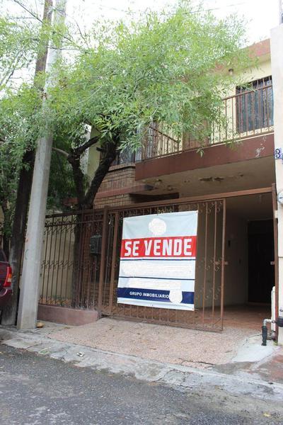 Foto Oficina en Venta en  Ampliación Valle del Mirador,  San Pedro Garza Garcia  Venta Casa, Ampliación Valle del Mirador, Lázaro Cárdenas