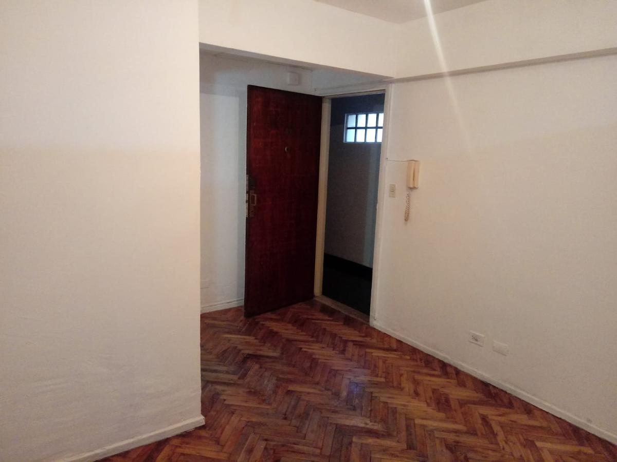 Foto Departamento en Venta en  Balvanera ,  Capital Federal  Sarmiento al 2200 entre Pasteur y Uriburu