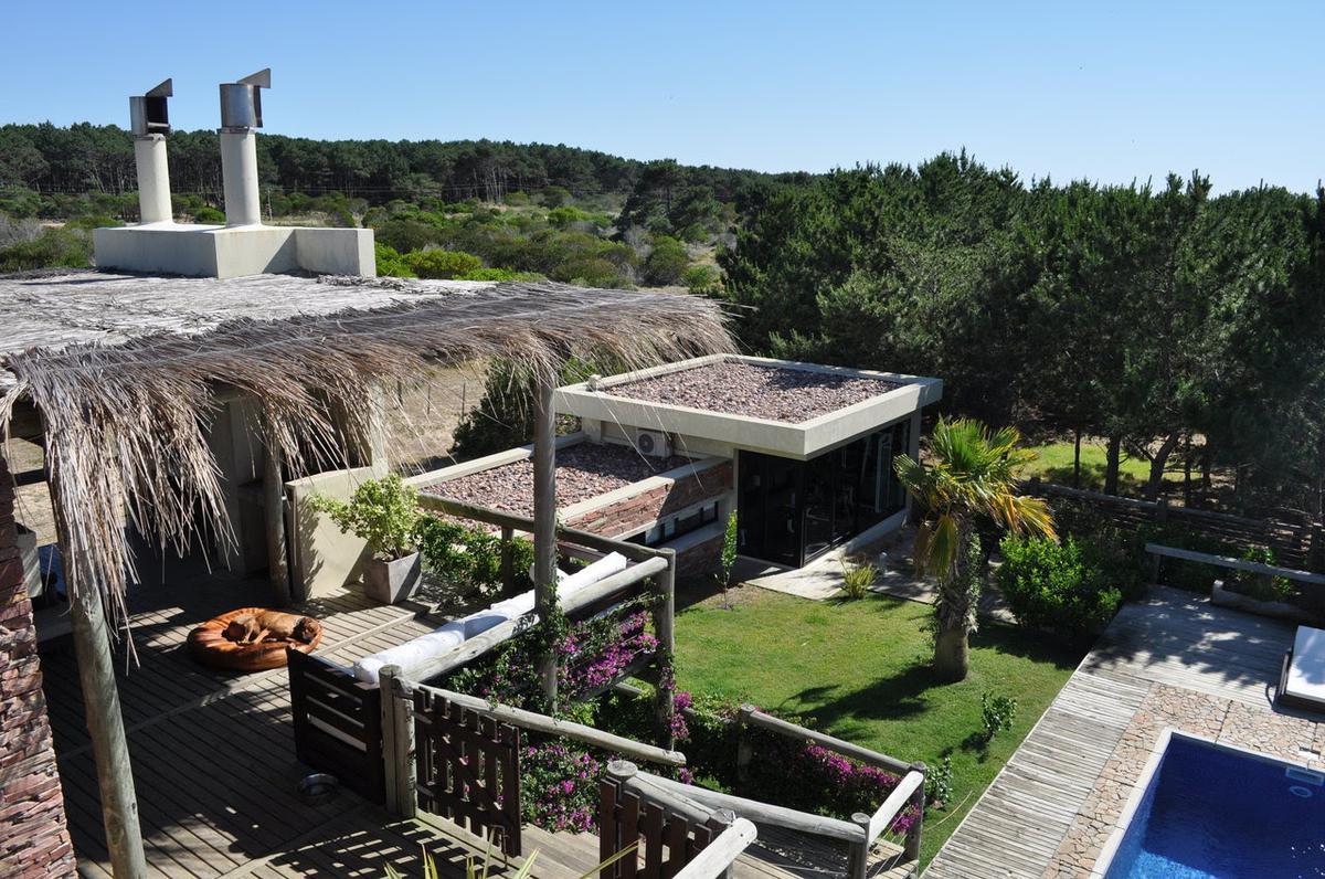 Foto Casa en Alquiler temporario en  Village del Faro,  José Ignacio  Kan Koda- Village del Faro