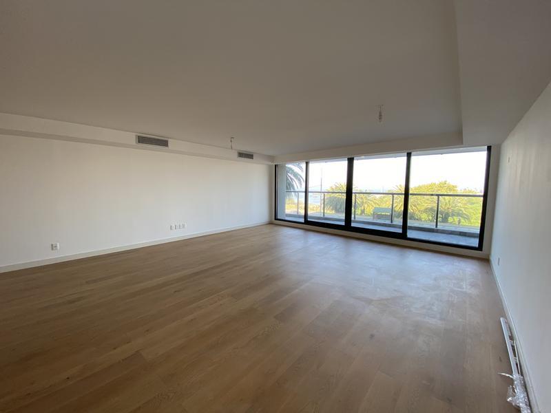 Foto Departamento en Alquiler en  Buceo ,  Montevideo  Apartamento Premium  sobre rambla Puertito del Buceo