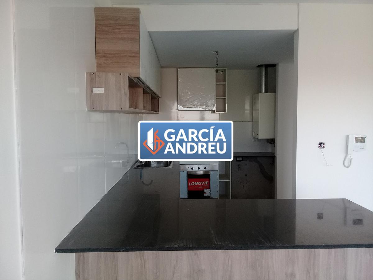 Foto Departamento en Venta en  Macrocentro,  Rosario  Montevideo 2500