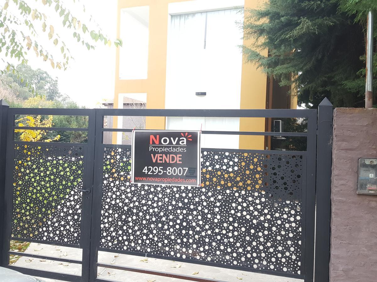 Foto Casa en Venta en  El Bosquecillo,  Countries/B.Cerrado  Galileo Galiley 530