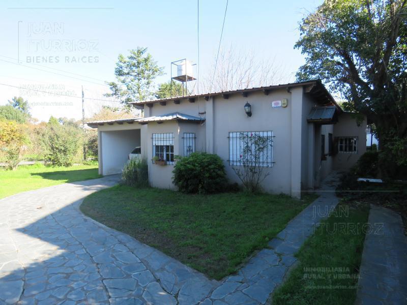 Foto Casa en Venta en  City Bell,  La Plata  461 esquina 14