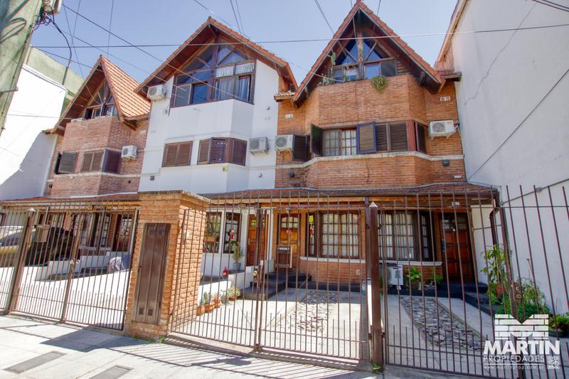 Foto Casa en Venta en  Olivos-Maipu/Uzal,  Olivos  SARMIENTO D.F. al 2000