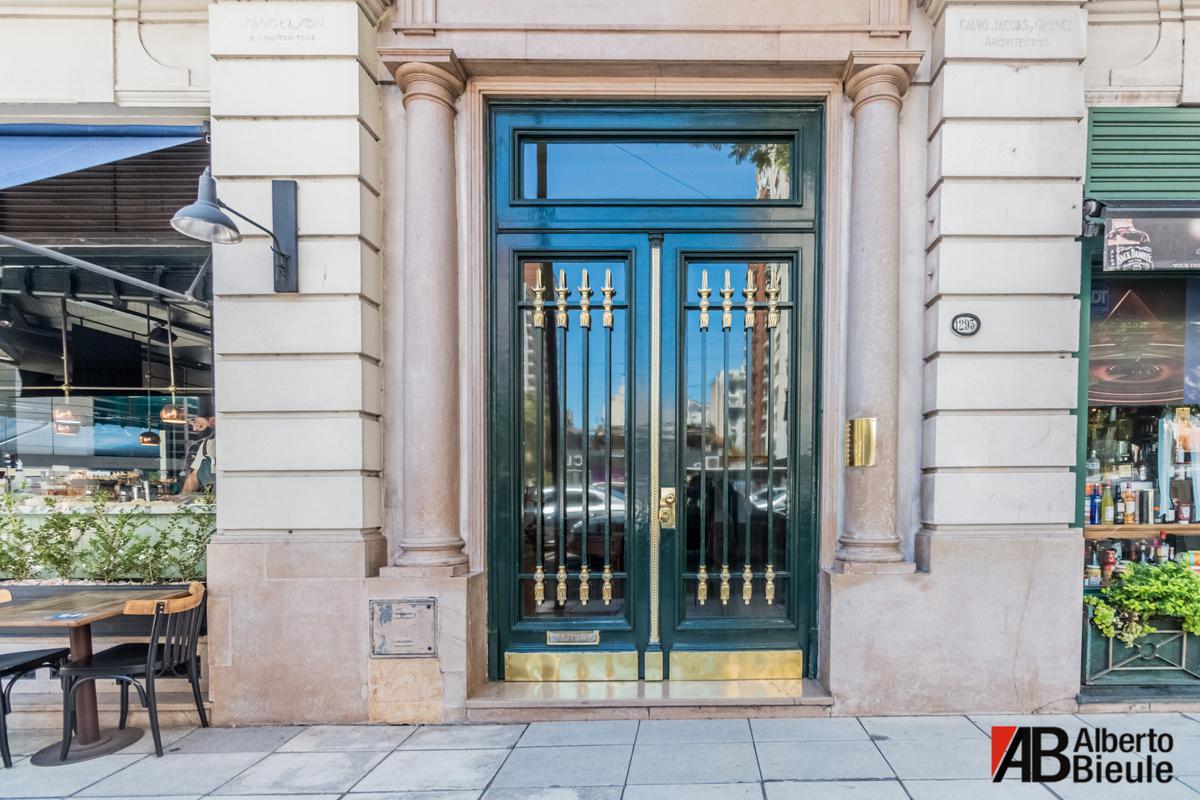 Foto Departamento en Venta en  Recoleta ,  Capital Federal  Av. Callao 1293 3°F