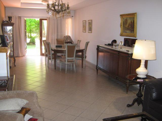 Foto Casa en Venta en  Adrogue,  Almirante Brown  AVELLANEDA nº 127, entre Amenedo y  Cto. Bernardi