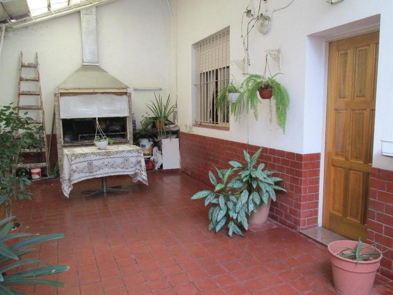 Foto PH en Venta en  Parque Patricios ,  Capital Federal  Av. Jujuy al 1600