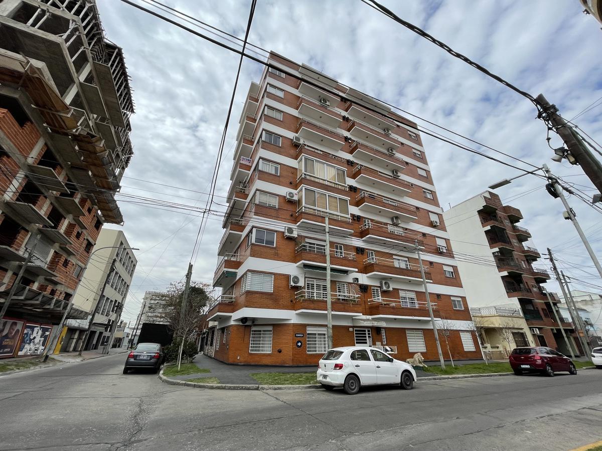 Foto Departamento en Venta en  Wilde,  Avellaneda  Cnel. Brandsen esquina Coronel Jose Rondeau