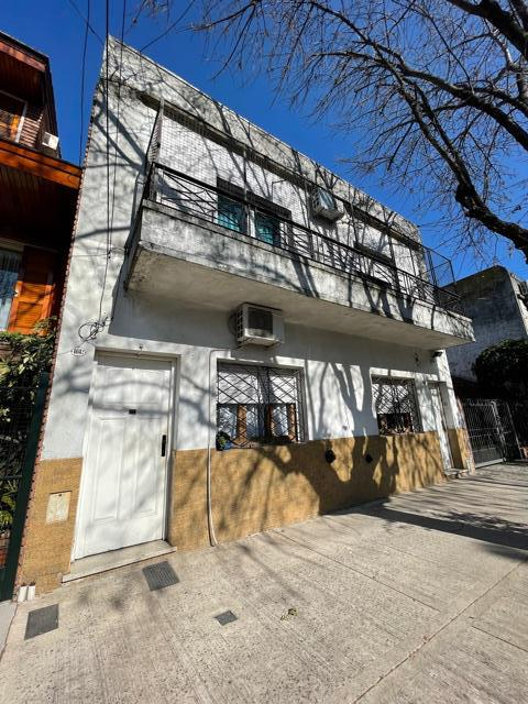 Foto PH en Venta en  Villa Devoto ,  Capital Federal  Mercedes al 4600