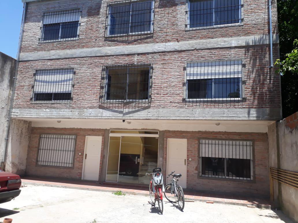 Foto Departamento en Alquiler en  San Miguel ,  G.B.A. Zona Norte  Perón 3275