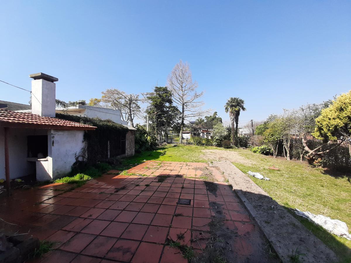 Foto Casa en Venta en  Colonia del Sacramento ,  Colonia  Eduardo Fabini esquina Isidoro de Maria