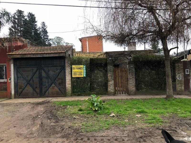 Foto Casa en Venta en  Bella Vista,  San Miguel  Ameghino 235