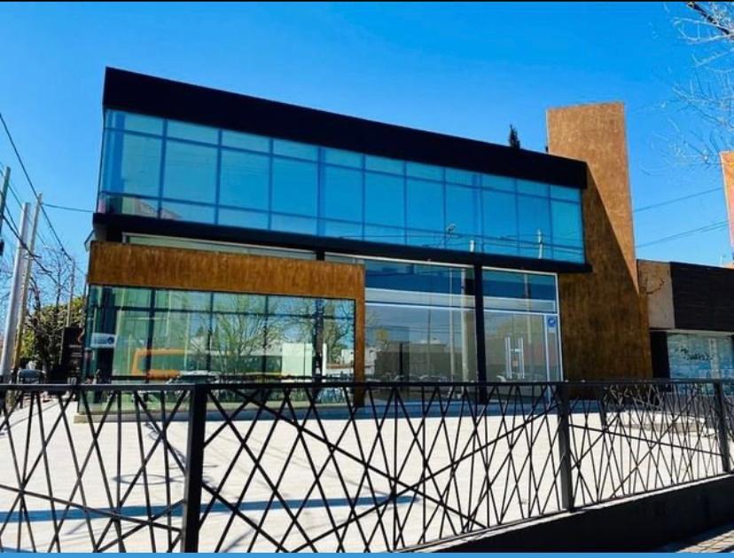 Foto Local en Alquiler en  Cerro Norte,  Cordoba Capital  Local en Alquiler 365m2 sobre Av. Rafael Nuñez