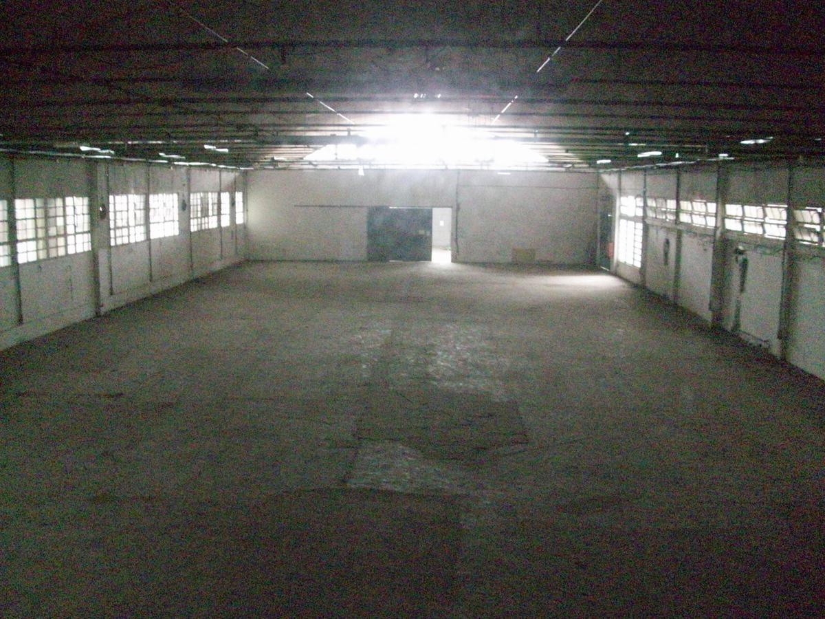Foto Depósito en Alquiler en  Martinez,  San Isidro  VELEZ SARSFIELD al 3000