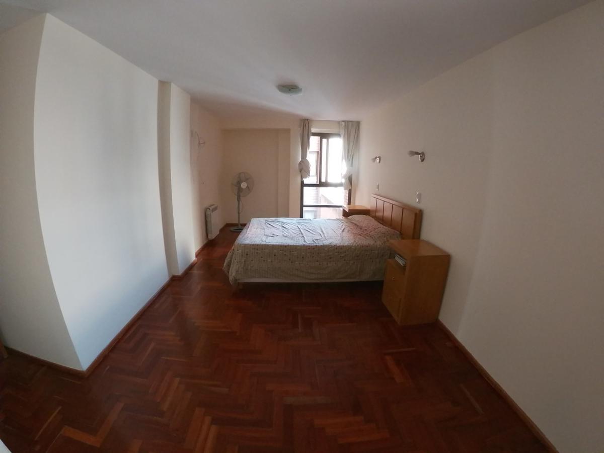 Foto Departamento en Venta en  General Paz,  Cordoba  Excelente Ubicacion - 3 Dormitorios - Cochera - General Paz