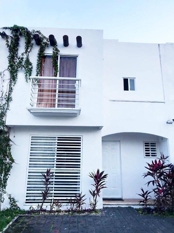Foto Casa en Venta en  Supermanzana 317,  Cancún  CASA EN VENTA EN CANCUN EN VILLA MARINO