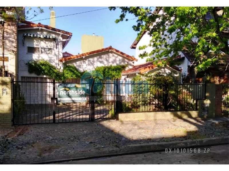 Foto Casa en Venta en  Acassuso,  San Isidro  ESTRADA  1088