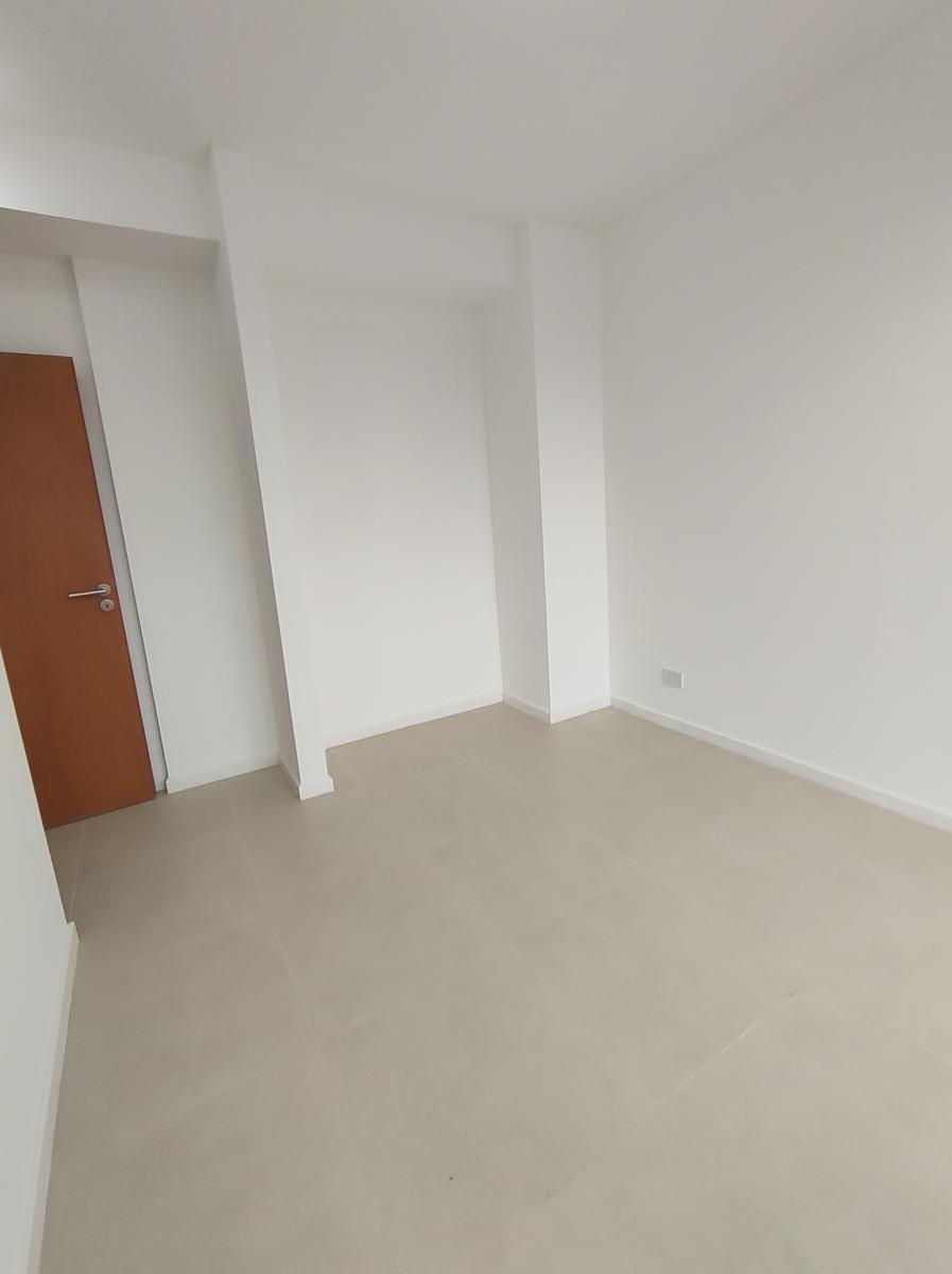 Foto Departamento en Alquiler temporario en  Barrio Norte ,  Capital Federal  VIAMONTE  1612