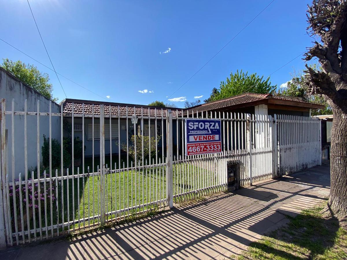 Foto Casa en Venta en  Jose Clemente Paz ,  G.B.A. Zona Norte  Arenales al 800