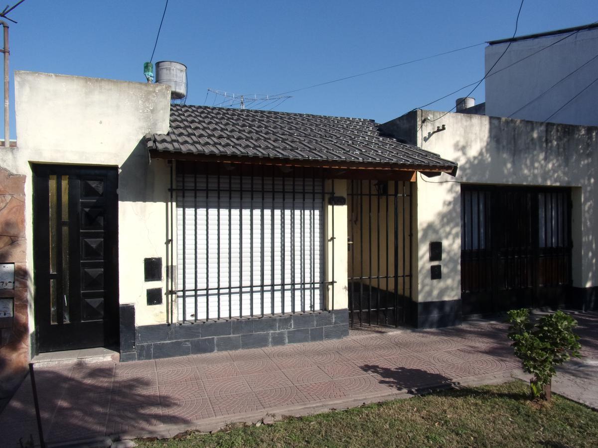 Foto Departamento en Alquiler en  Ludueña,  Rosario  URQUIZA al 5300
