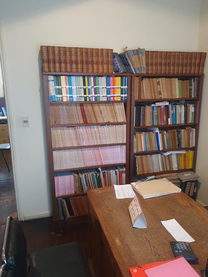 Foto Oficina en Venta en  Ciudad Vieja ,  Montevideo  25 de mayo entre 33 y Misiones