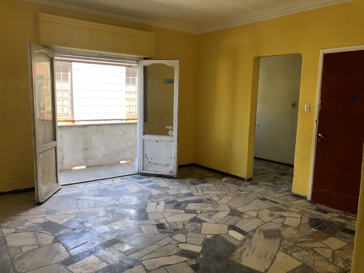 Foto Apartamento en Venta en  Ciudad Vieja ,  Montevideo  Sarandí casi Rambla y Escollera